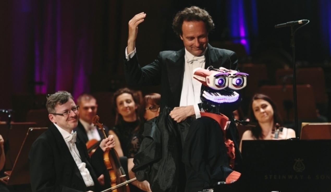 TeoTronico with Orchestra
